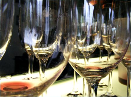 empty-wine-glasses-996796